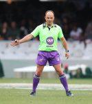 Jaco Peyper blaas fluitjie in Sesnasies-rugbyreeks