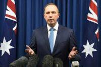Aussie minister sal voortgaan met sy plan om blanke boere van Suid-Afrika na Australië te bring