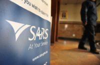 """Suid-Afrikaners wat oorsee werk, moet maar solank hul belastingsake in orde kry want Jan-taks """"kom"""" vir hulle"""